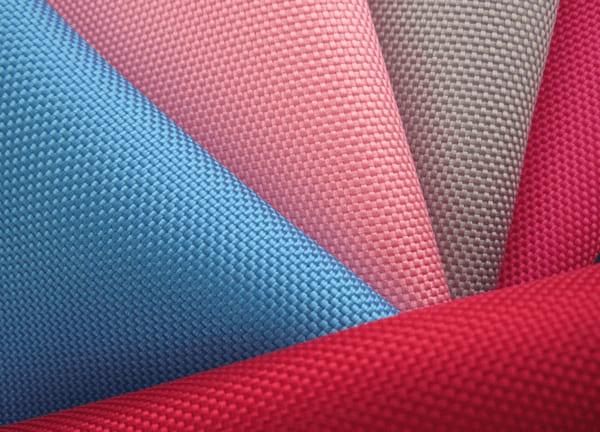 Polyester được ưa chuộng bởi độ bền cao